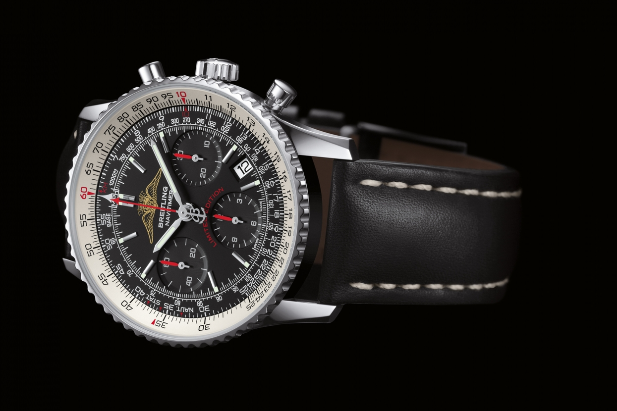 The new bright AOPA logo and crimson red accents give this Navitimer distinction.