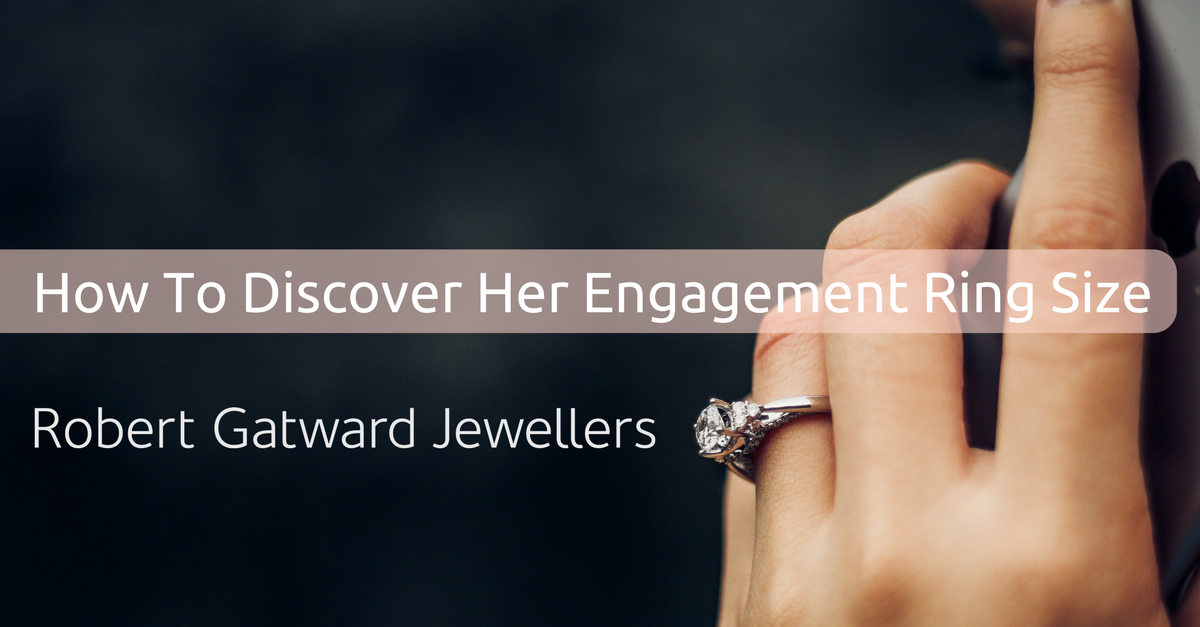 How To Discover Her Engagement Ring Size. Photo Credit: Unsplash.com