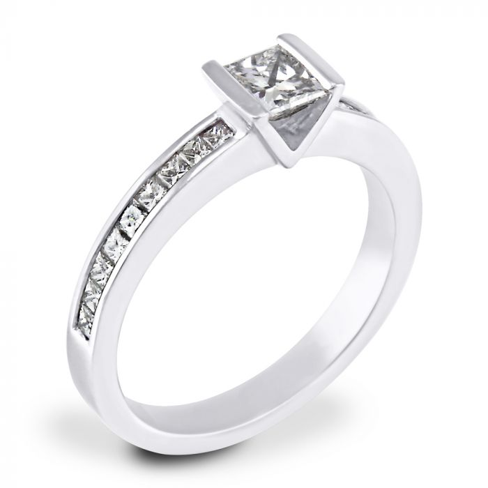 Platinum 0.42ct Diamond Solitaire Engagement Ring with Diamond Shoulders SPECIAL