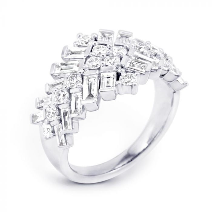 18ct White Gold Fancy Mixed Diamond 1.83ct Right Hand Ring